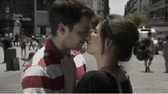 Un Beso Redondo