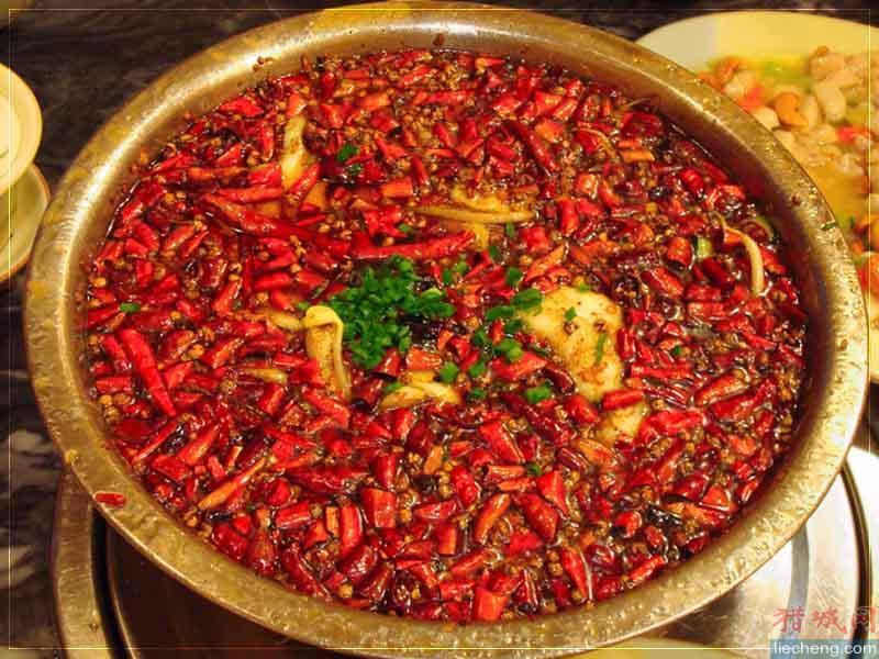 四川特色火锅有哪些-四川火锅的文化特色