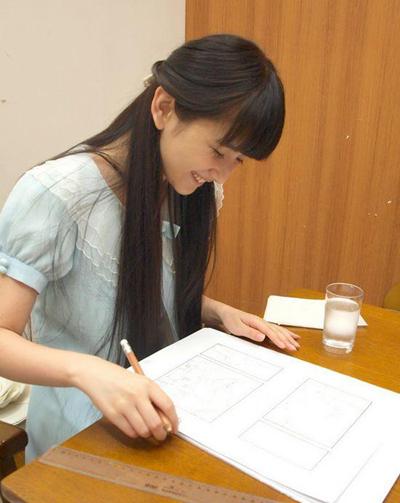 夏达的漫画使用笔触及画画视频和过程_360问讲课软件熙墨图片